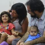 Lucía com seus pais e irmão pequeno!