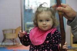 O berimbau tem sido utilizado semanalmente. As crianças já estão familiarizadas com o instrumento.