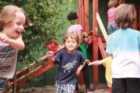 Escola é lugar de brincar! (15)
