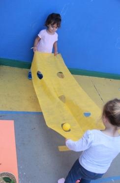 Escola é lugar de brincar! (9)