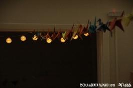 Sala Andorinha decorada com tsurus coloridos
